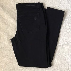 Rock and Republic Black Skinny Jeans